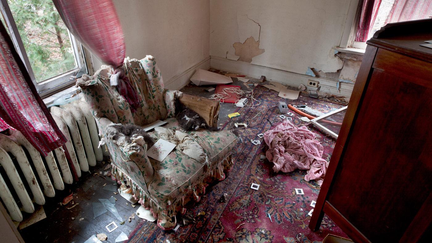 reinigung von messi wohnungen liesener geb udereinigung. Black Bedroom Furniture Sets. Home Design Ideas